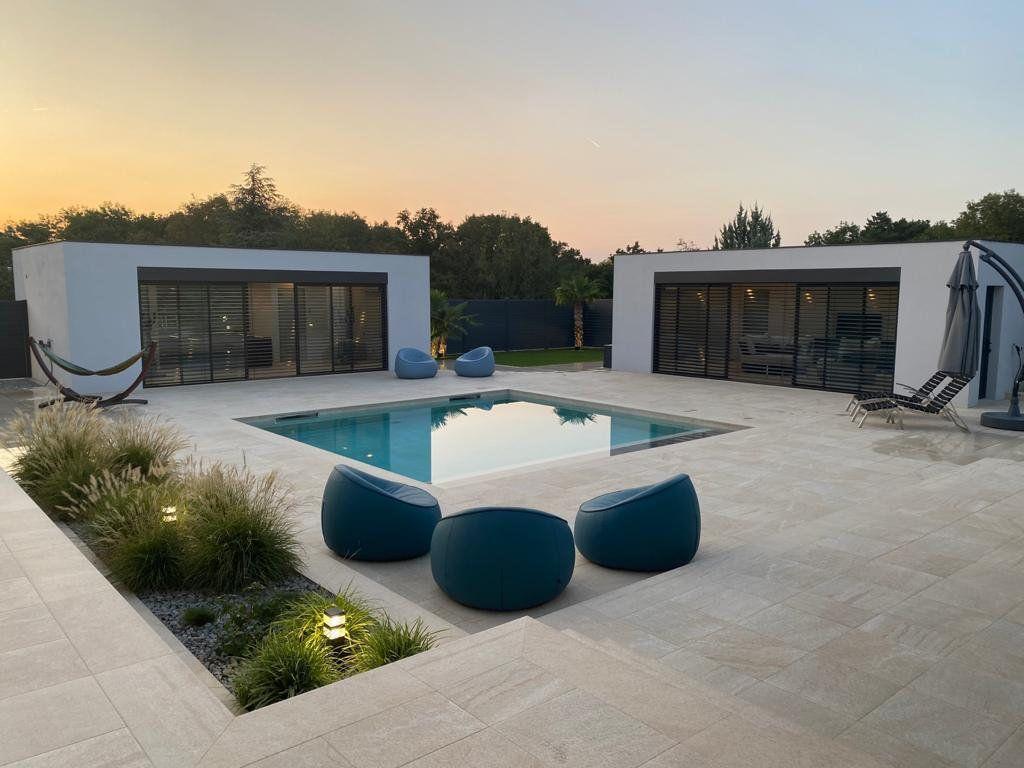Maison à vendre 9 506m2 à Tassin-la-Demi-Lune vignette-1
