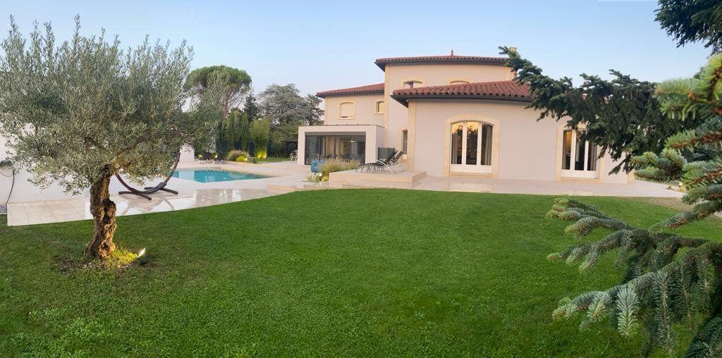 Maison à vendre 9 506m2 à Tassin-la-Demi-Lune vignette-10