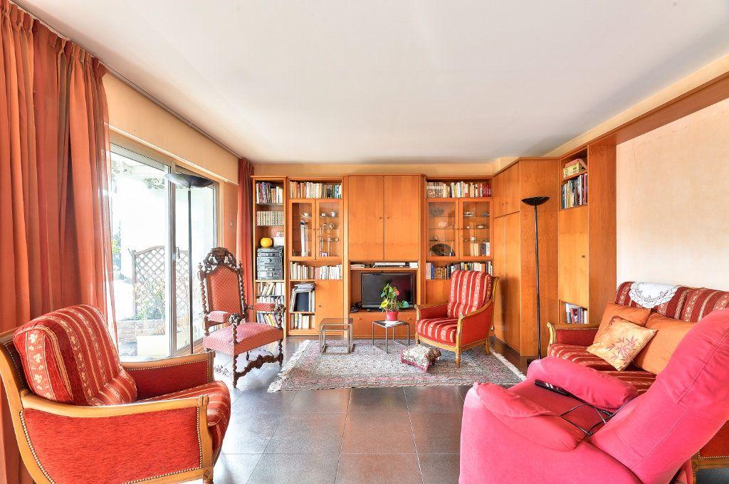 Appartement à vendre 5 115m2 à Lyon 3 vignette-3