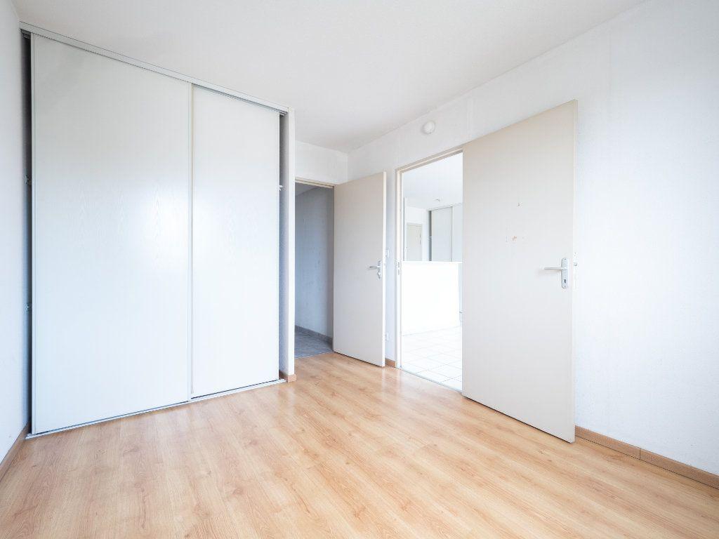 Appartement à vendre 2 42m2 à Vénissieux vignette-4
