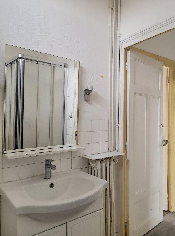 Appartement à louer 2 40.01m2 à Vichy vignette-7