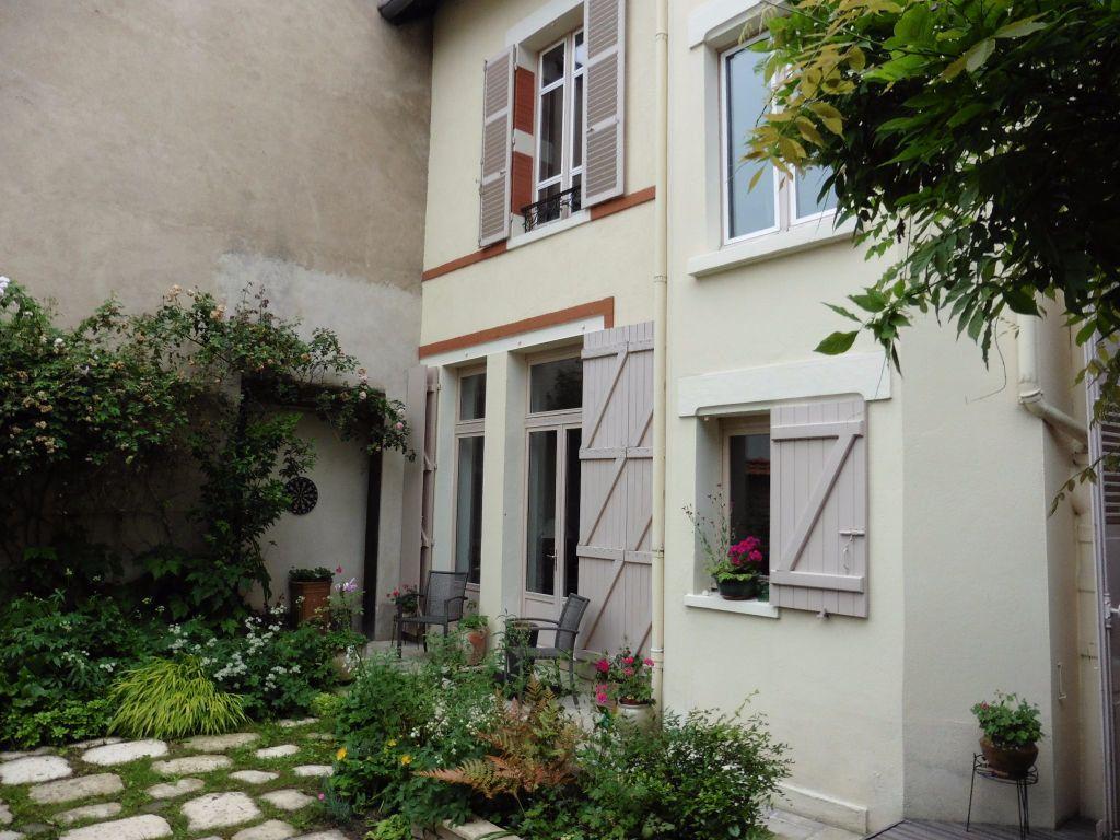 Maison à vendre 12 280m2 à Vichy vignette-1