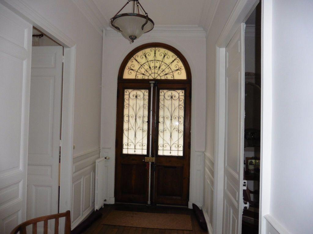 Maison à vendre 12 280m2 à Vichy vignette-3