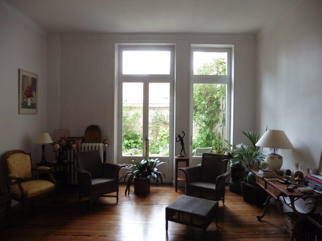 Maison à vendre 12 280m2 à Vichy vignette-8
