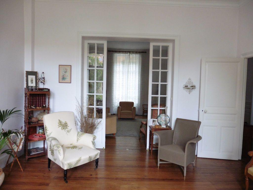 Maison à vendre 12 280m2 à Vichy vignette-10