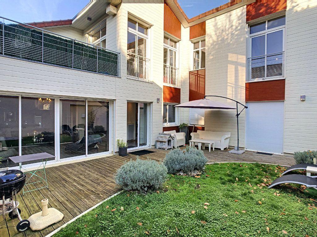 Maison à vendre 8 291m2 à Vichy vignette-1