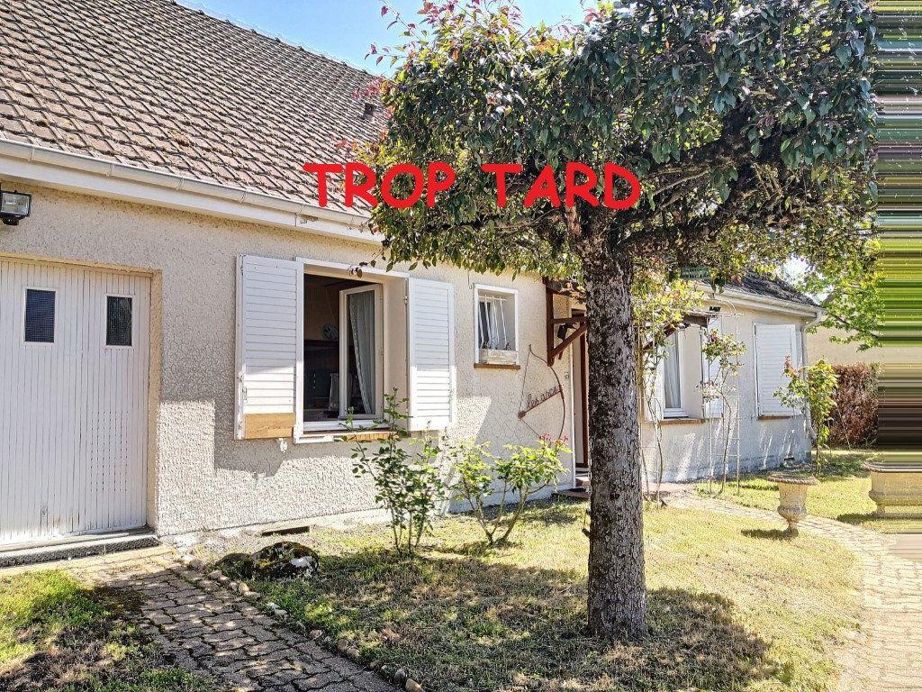 Maison à vendre 4 95m2 à Broût-Vernet vignette-1