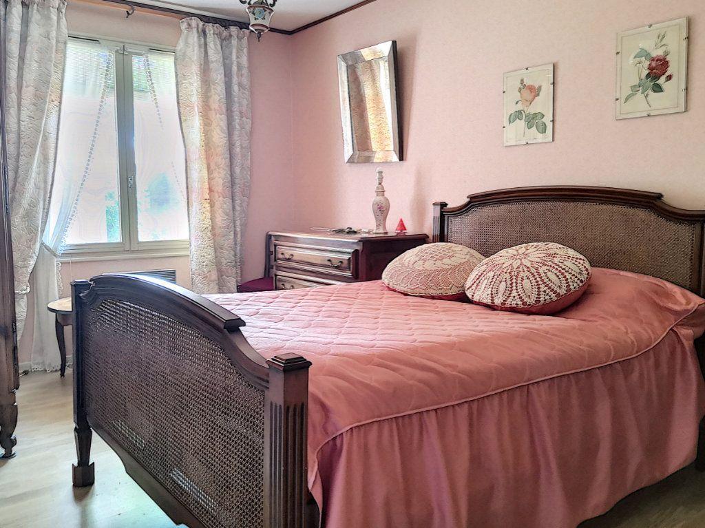 Maison à vendre 4 95m2 à Broût-Vernet vignette-6