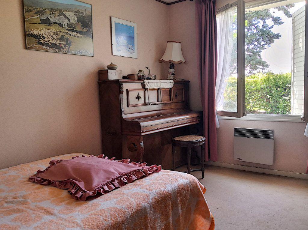 Maison à vendre 4 95m2 à Broût-Vernet vignette-7