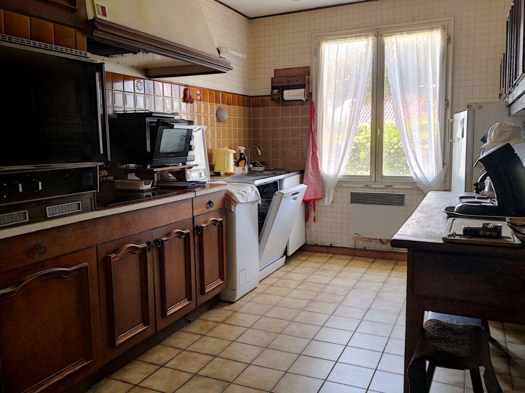 Maison à vendre 4 95m2 à Broût-Vernet vignette-10