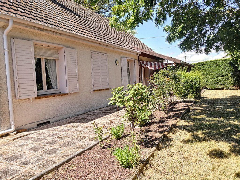 Maison à vendre 4 95m2 à Broût-Vernet vignette-12