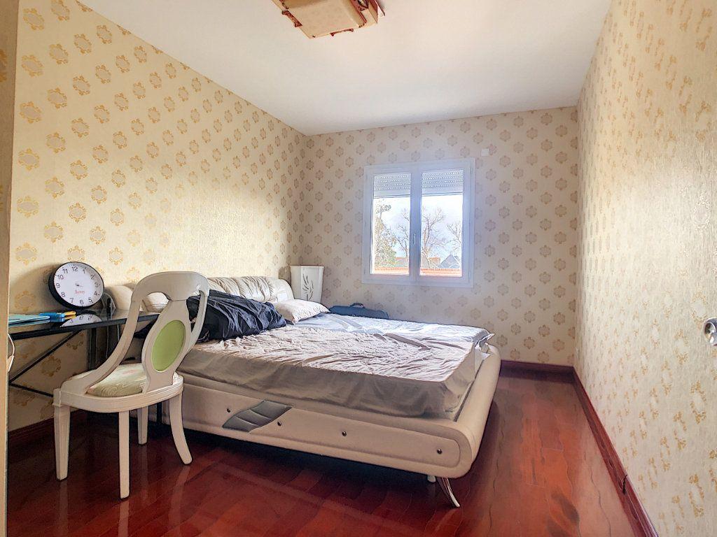 Maison à vendre 10 300m2 à Charmeil vignette-7