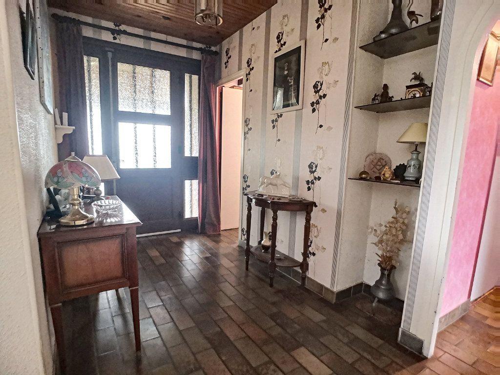 Maison à vendre 6 127m2 à Vendat vignette-4
