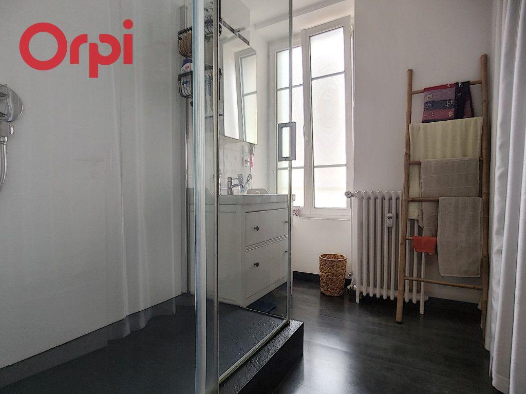 Appartement à vendre 4 125m2 à Vichy vignette-9