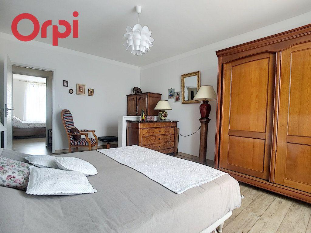 Appartement à vendre 4 125m2 à Vichy vignette-11