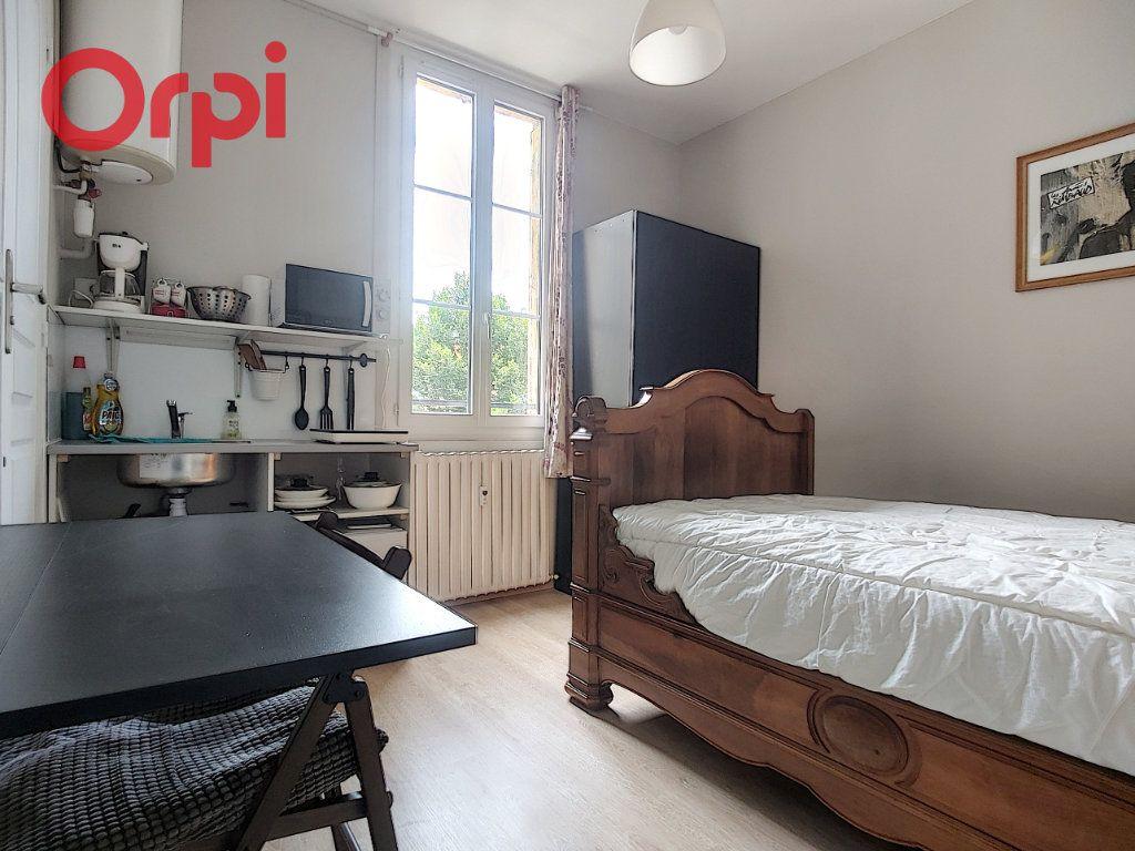 Appartement à vendre 4 125m2 à Vichy vignette-13