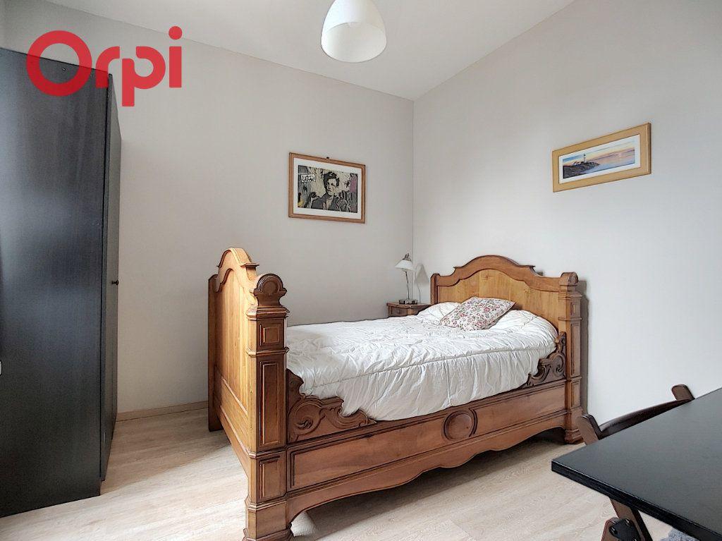 Appartement à vendre 4 125m2 à Vichy vignette-14