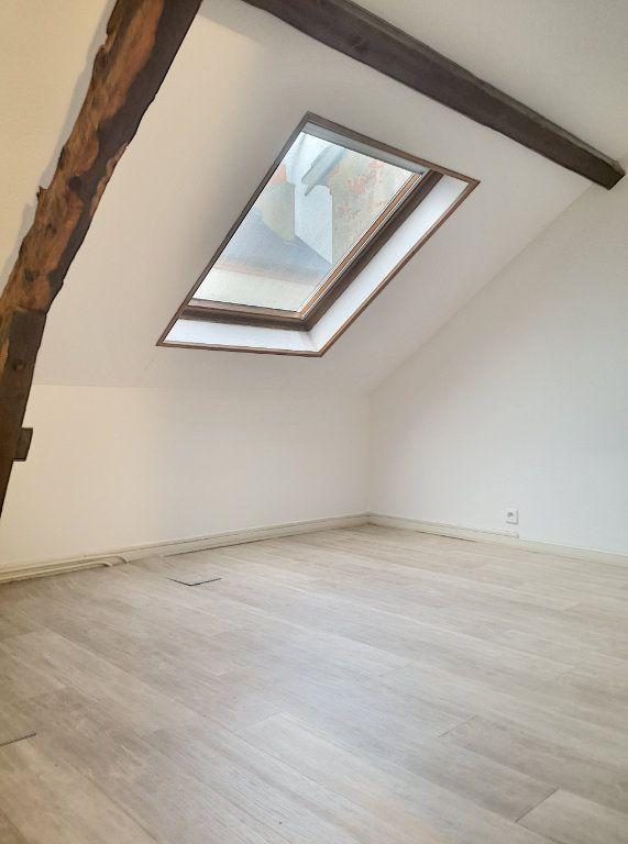 Appartement à louer 3 57.74m2 à Vichy vignette-7