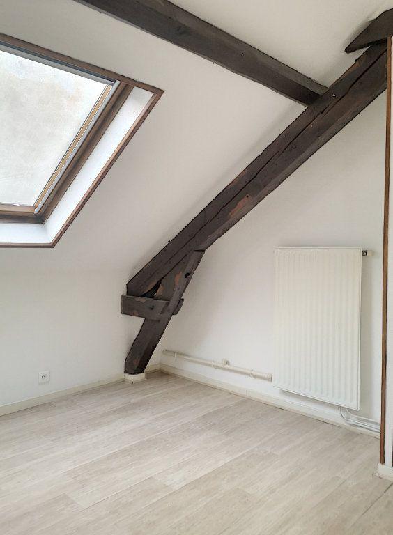 Appartement à louer 3 57.74m2 à Vichy vignette-9