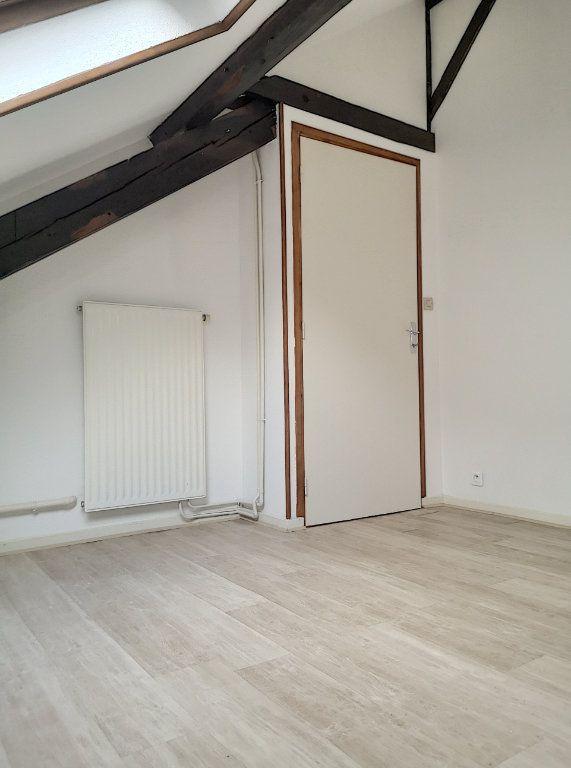Appartement à louer 3 57.74m2 à Vichy vignette-10