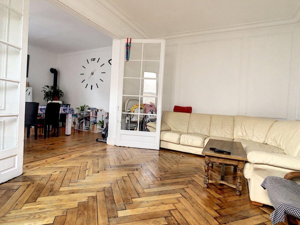 Maison à vendre 6 110m2 à Vichy vignette-2
