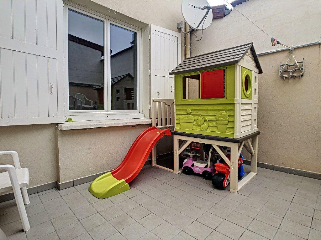Maison à vendre 6 110m2 à Vichy vignette-6