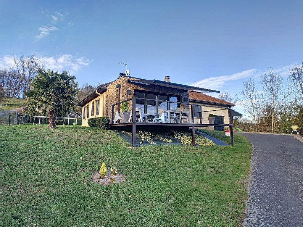 Maison à vendre 5 125m2 à Le Mayet-de-Montagne vignette-15