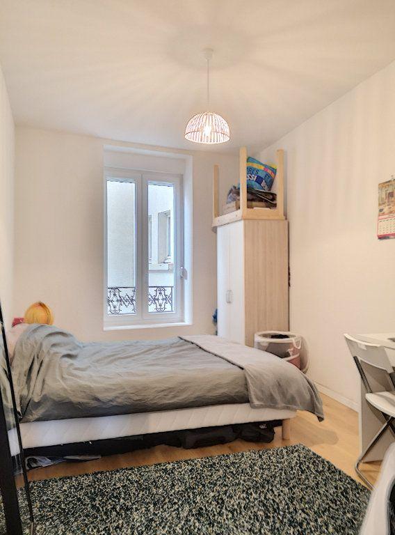 Appartement à louer 2 27m2 à Vichy vignette-3