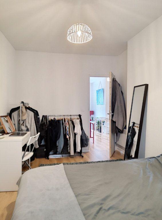 Appartement à louer 2 27m2 à Vichy vignette-6