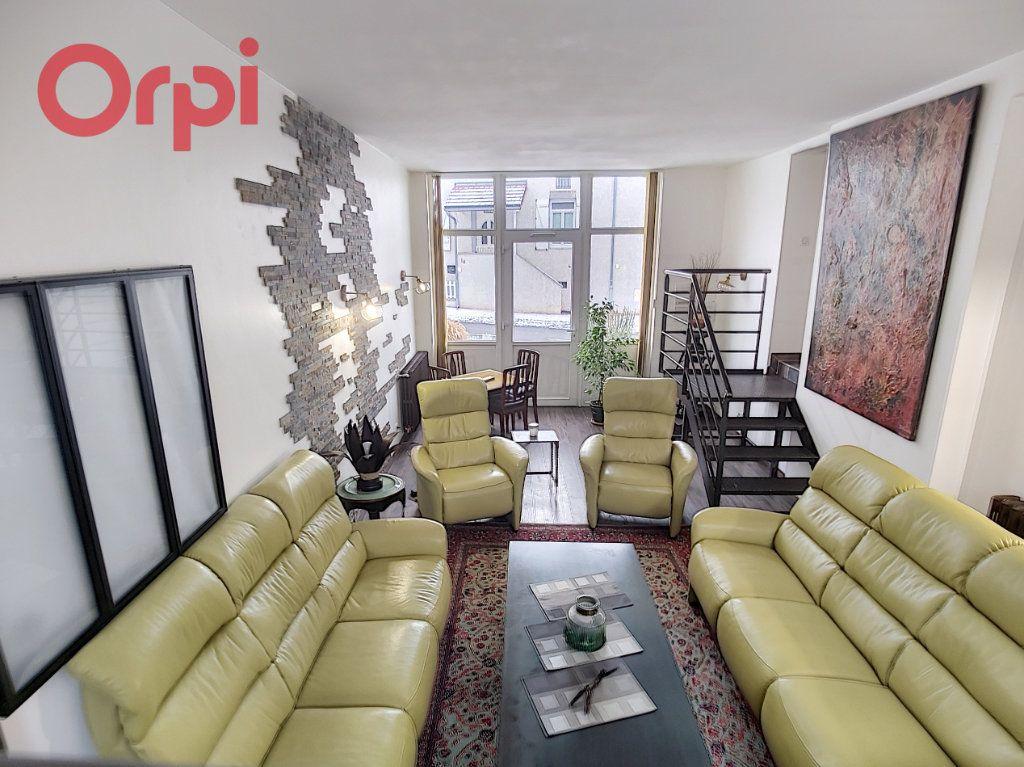 Maison à vendre 6 145m2 à Cusset vignette-4