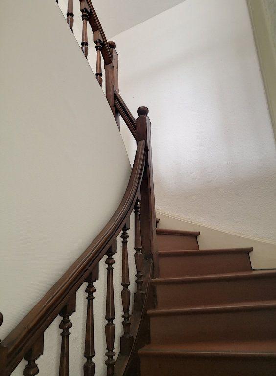 Appartement à louer 3 57.74m2 à Vichy vignette-5