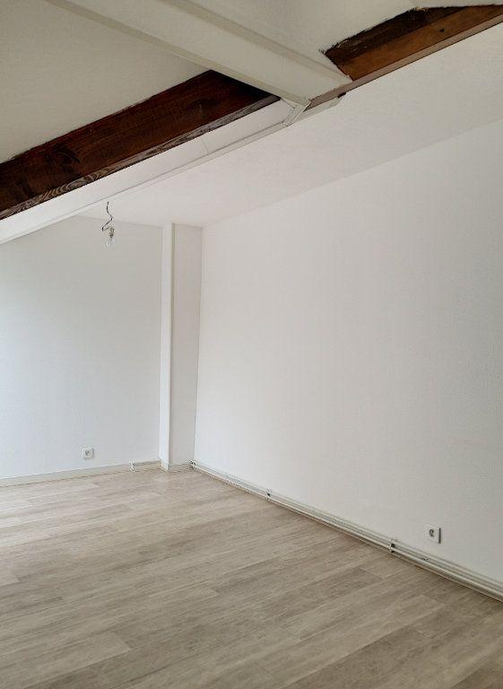 Appartement à louer 3 57.74m2 à Vichy vignette-11