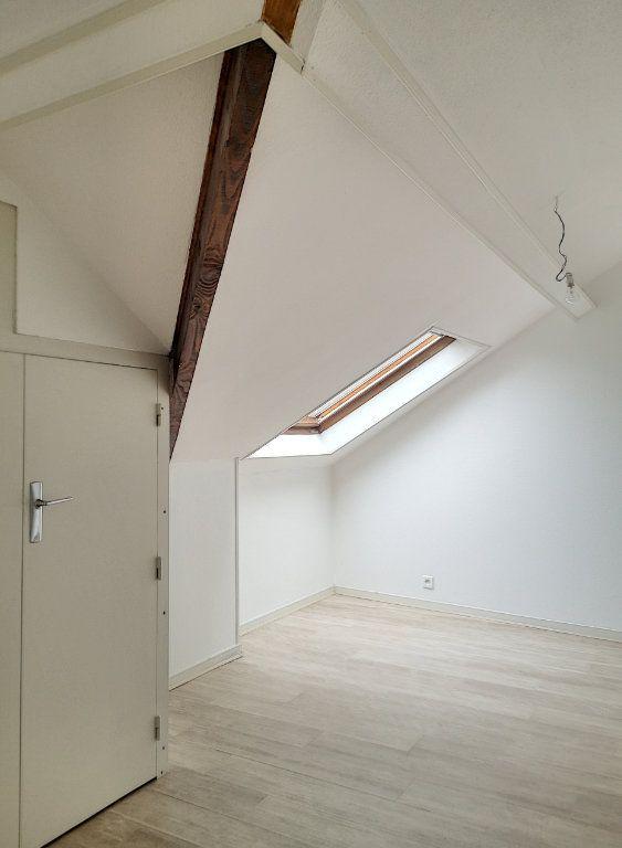 Appartement à louer 3 57.74m2 à Vichy vignette-12