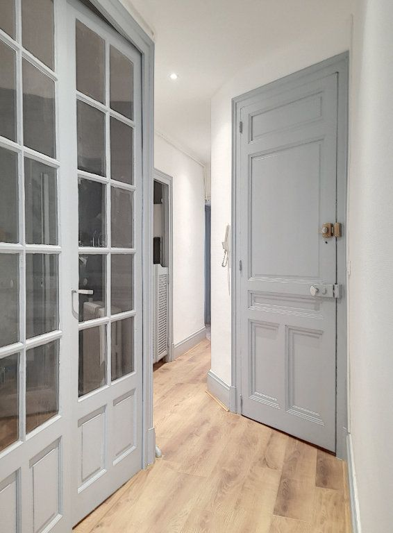 Appartement à louer 3 63.83m2 à Vichy vignette-1