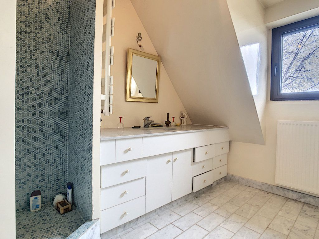 Maison à vendre 8 380m2 à Creuzier-le-Vieux vignette-5