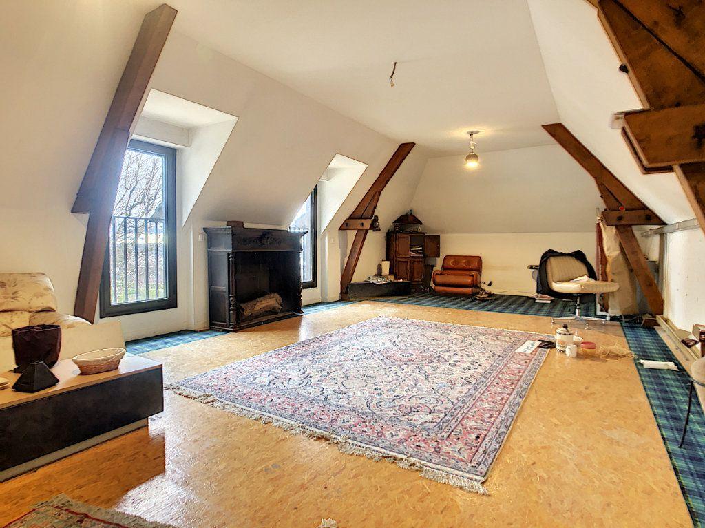 Maison à vendre 8 380m2 à Creuzier-le-Vieux vignette-7