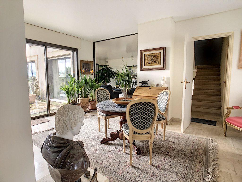 Maison à vendre 8 380m2 à Creuzier-le-Vieux vignette-8