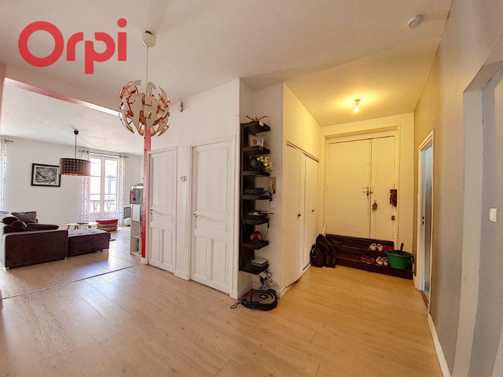 Appartement à vendre 4 120m2 à Vichy vignette-10