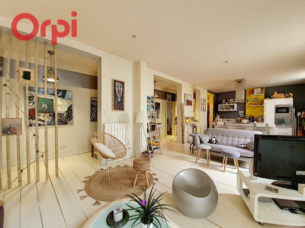 Appartement à vendre 4 97m2 à Vichy vignette-1