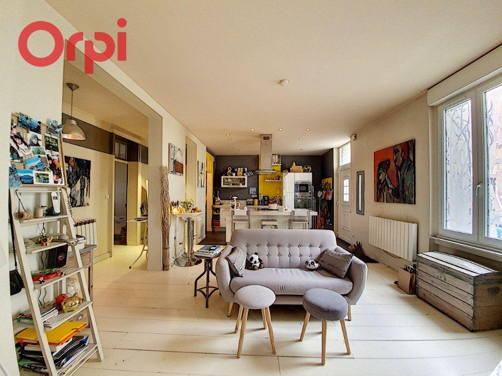 Appartement à vendre 4 97m2 à Vichy vignette-3