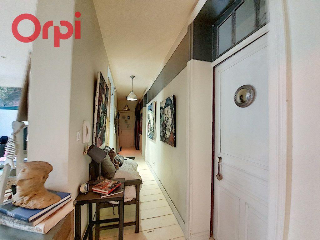 Appartement à vendre 4 97m2 à Vichy vignette-9