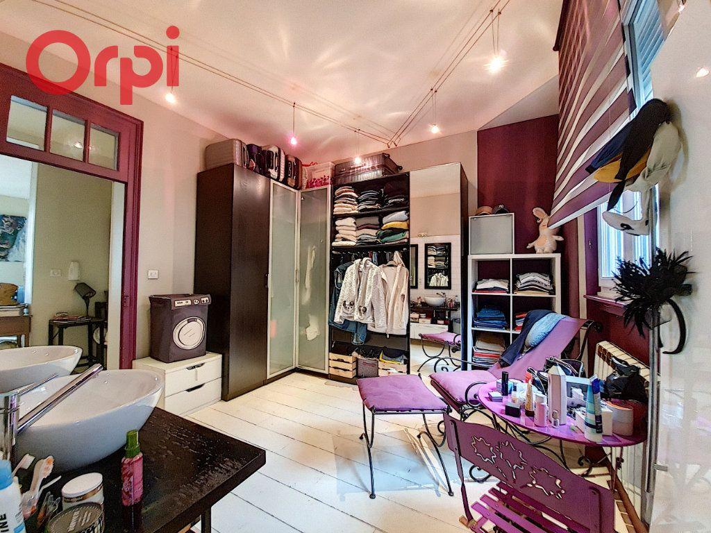Appartement à vendre 4 97m2 à Vichy vignette-11