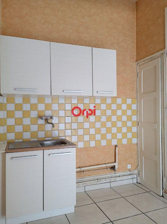 Appartement à louer 2 44m2 à Vichy vignette-5
