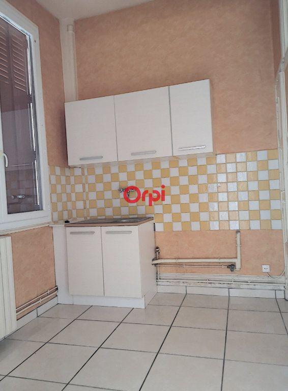 Appartement à louer 2 44m2 à Vichy vignette-6
