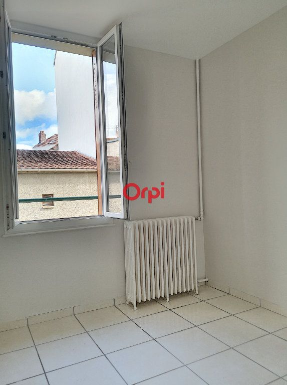 Appartement à louer 2 44m2 à Vichy vignette-8