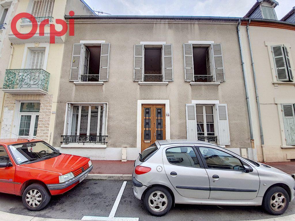 Maison à vendre 14 180m2 à Vichy vignette-1