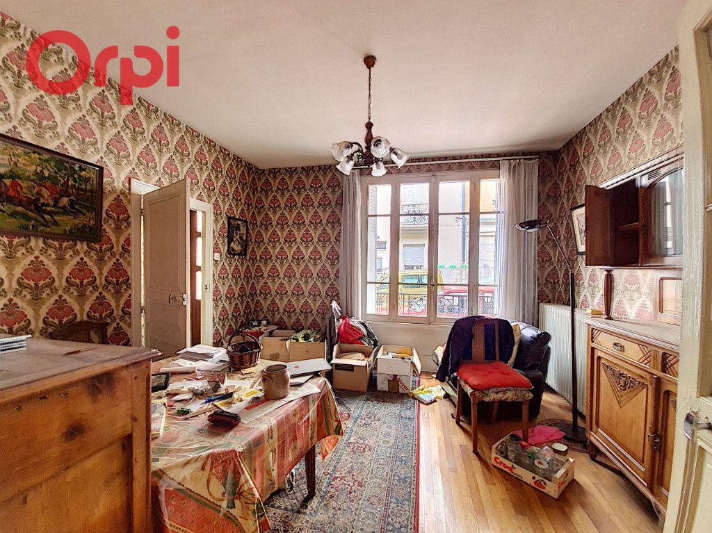Maison à vendre 14 180m2 à Vichy vignette-2