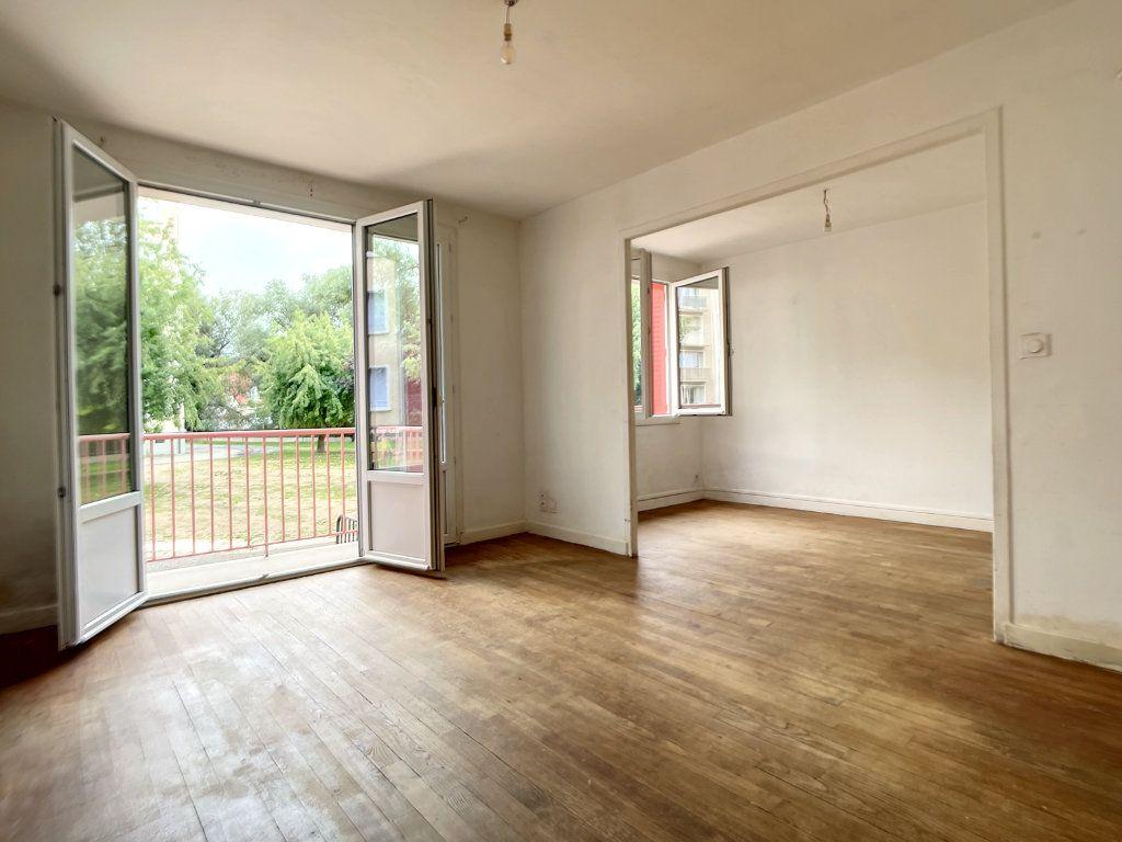 Appartement à vendre 3 58.5m2 à Cusset vignette-1