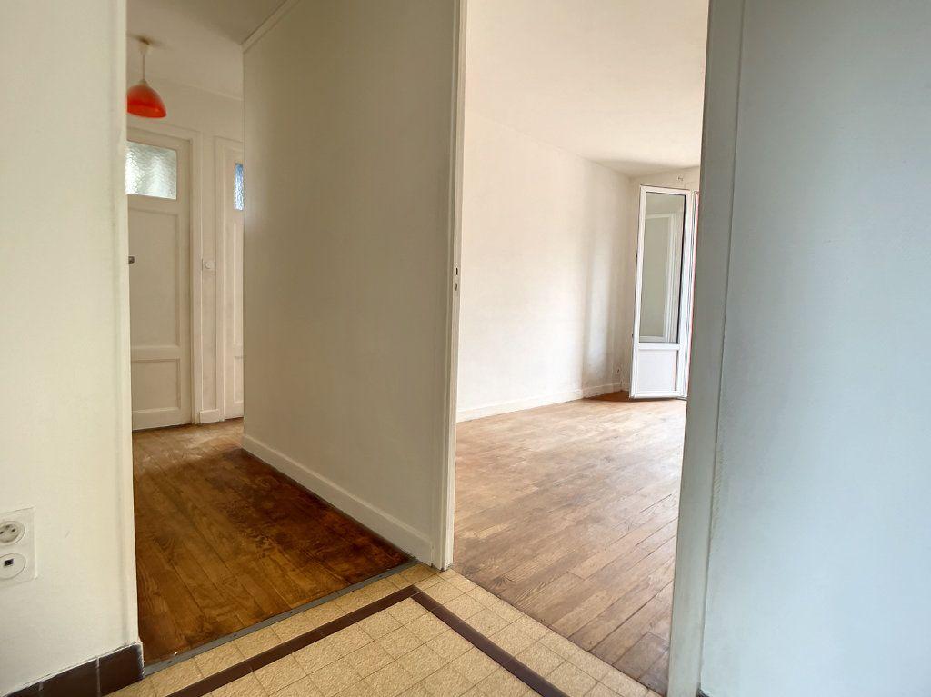 Appartement à vendre 3 58.5m2 à Cusset vignette-4