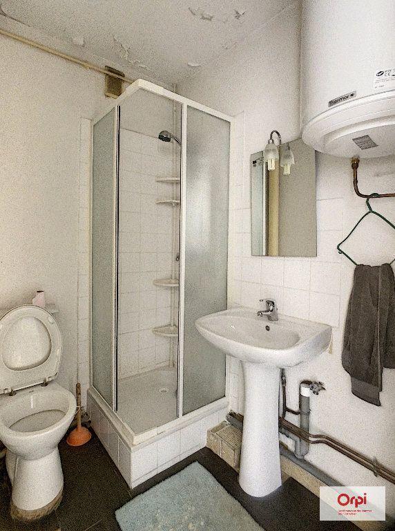 Appartement à louer 1 25.85m2 à Montluçon vignette-3